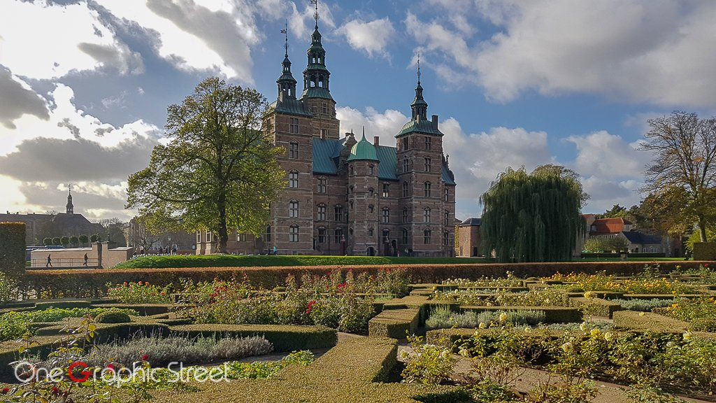 King's gardens and Rosenborg castle in the back.